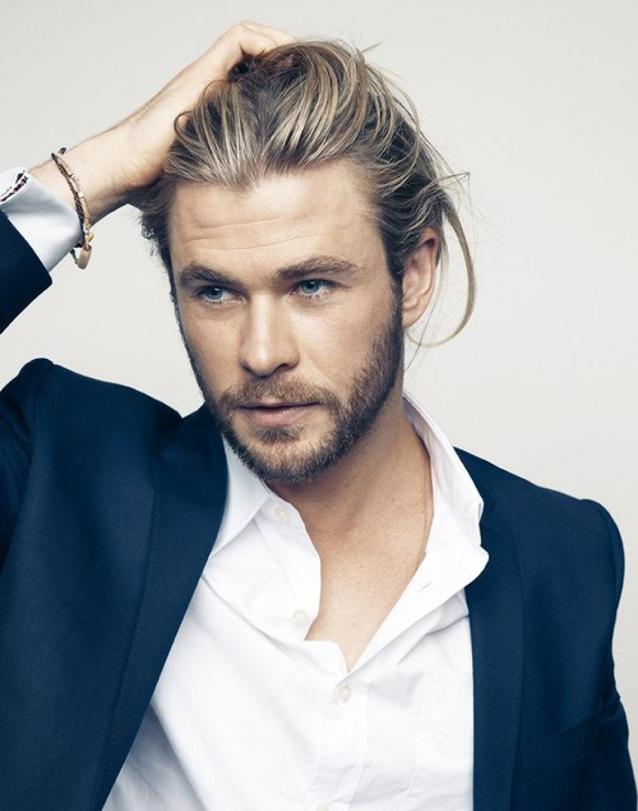 Chris Hemsworth Interv...