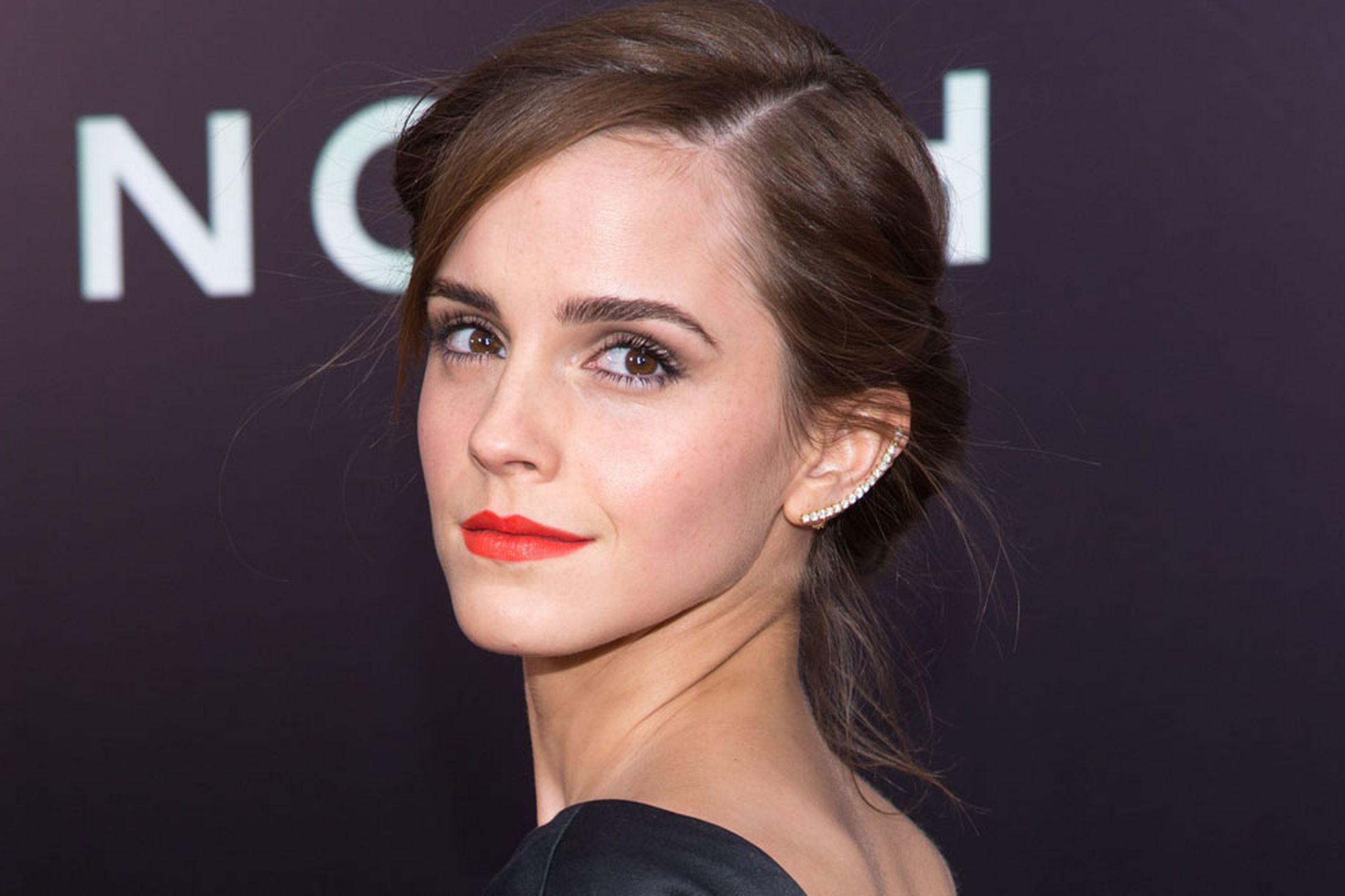 Emma Watson 09 Viva Press Eyelash